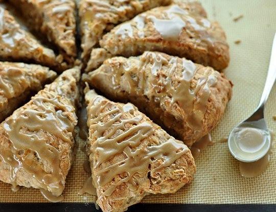 Сладкий банановый хлеб с глазурью