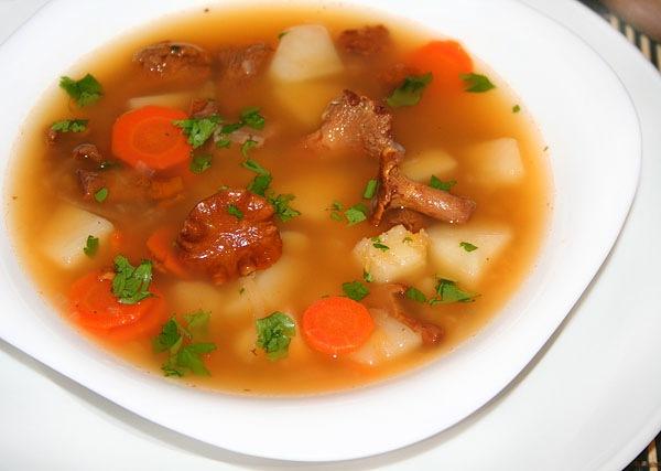 кулинария дома   Суп с лисичками и чечевицей