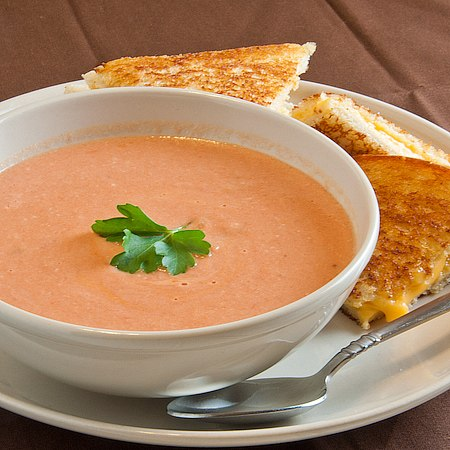 вкусняшки фото | Томатный крем-суп с базиликом