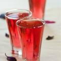 Напиток из красного базилика
