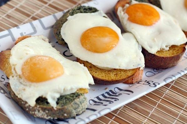 кулинария дома | Тосты с яйцом на завтрак
