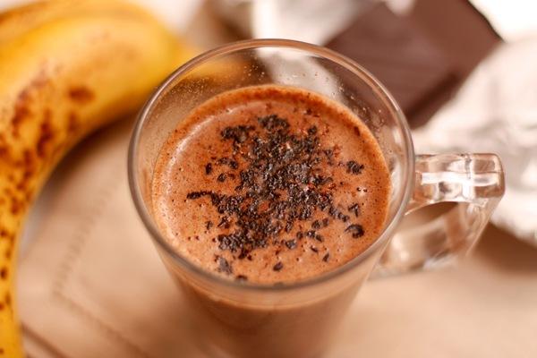 вкусняшки фото   Горячий банановый коктейль с шоколадом!