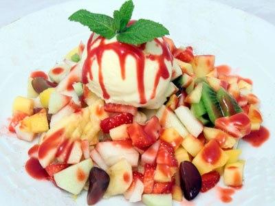 кулинария готовим | Фруктовый салат с мороженым