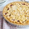 Песочный пирог с малиновым вареньем