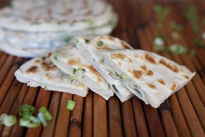 кулинария темы | Постные лепешки с зеленым луком