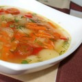 Овощной суп с красной чечевицей и маринованными помидорами