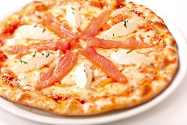 приготовить обед | Пицца с семгой и нежным сливочным сыром