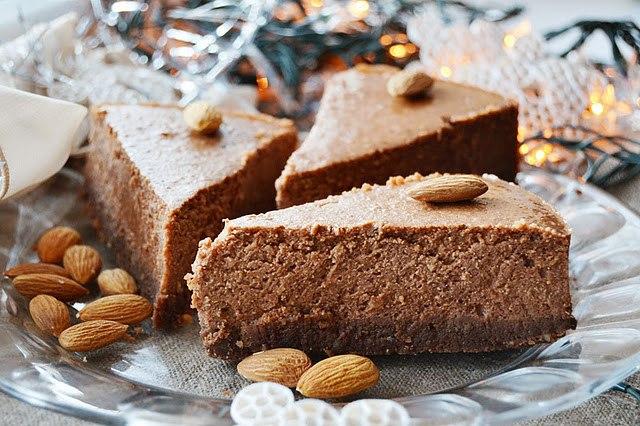 Шоколадно-ореховый творожник-чизкейк