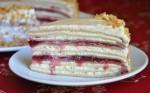 Блинный торт с вишневым джемом
