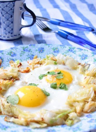 Пекинская капуста с яйцом