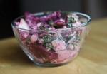 Свекольный салат с веганским соусом