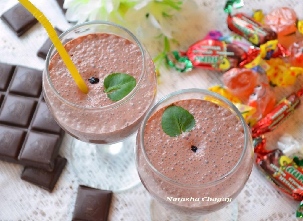 Шоколадно - черничный йогурт