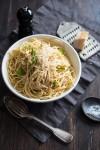 Спагетти с запечённым чесноком